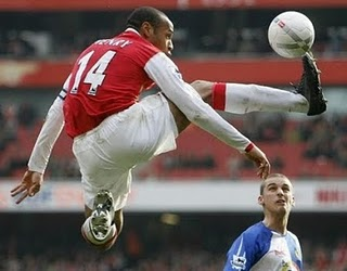 1soccer-thierry-henry-with-arsenal