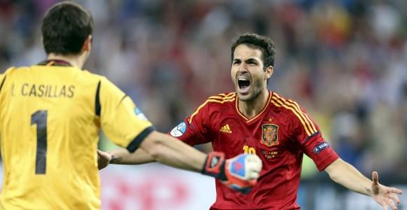 Cesc-celebra-penalti-espana-portugal-2012